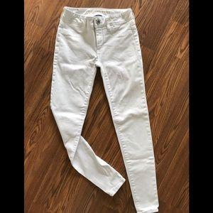 White AE Jegging size 0
